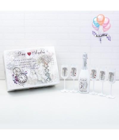 Cutie amintiri personalizata cu pahare si sticla de sampanie - 11